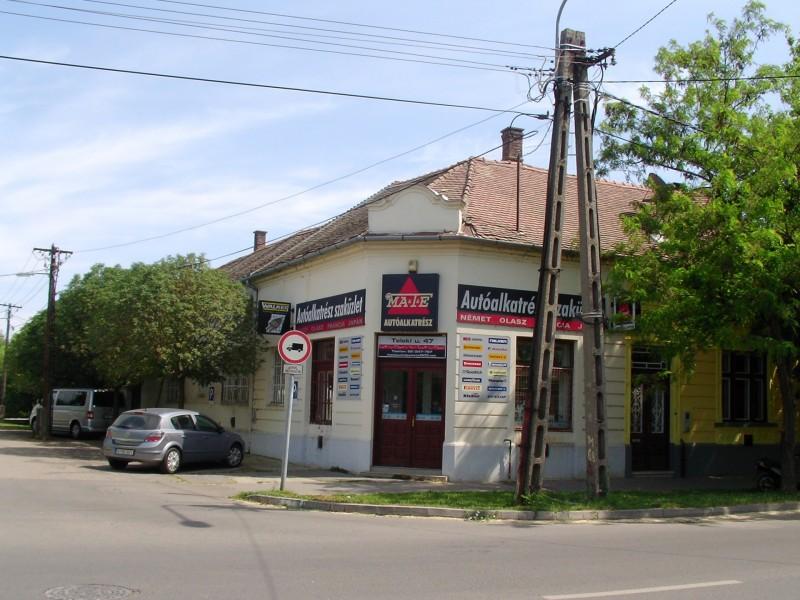 Hódmezővásárhely Eladó Üzlethelyiség