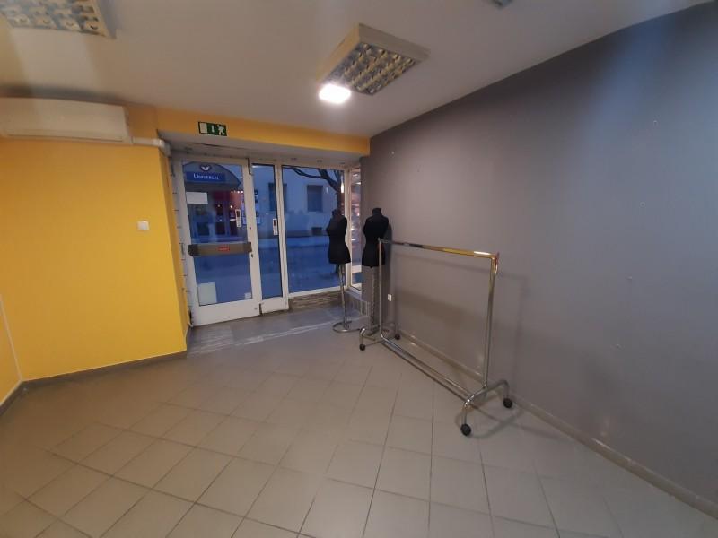 Szeged Kiadó Üzlethelyiség Mikszáth Kálmán utca