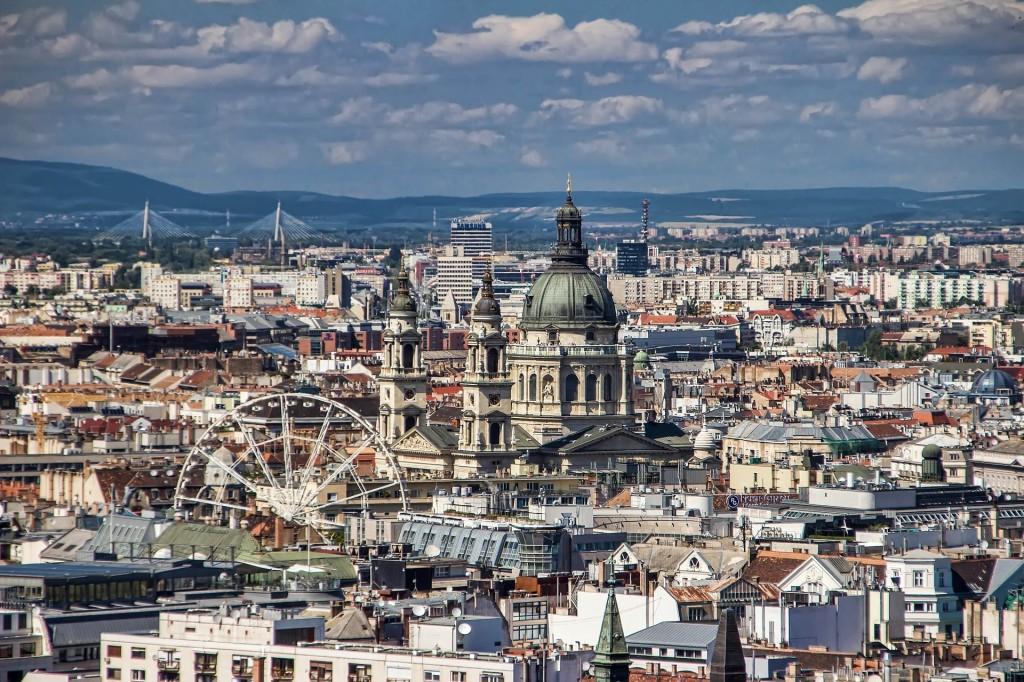 Nyolcvanszoros az árkülönbség a legdrágább és a legolcsóbb magyar utca között