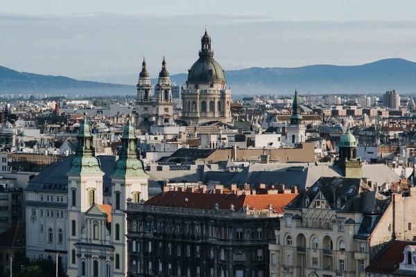 Látványos ábra a végletekig szélsőséges budapesti lakáspiacról.